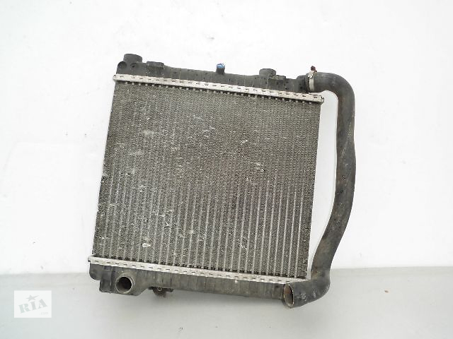 бу Б/у радиатор для легкового авто BMW 5 Series e28 2.0-2.5 (450*375) по сотым. в Буче (Киевской обл.)