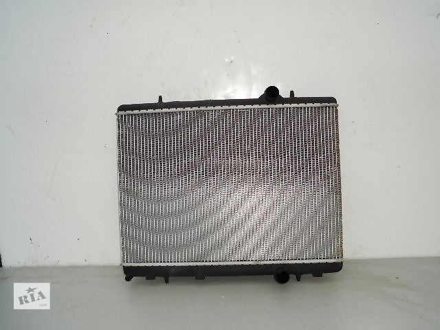 бу Б/у радиатор для легкового авто Citroen Berlingo 1.9TD (560*380) по сотым. в Буче