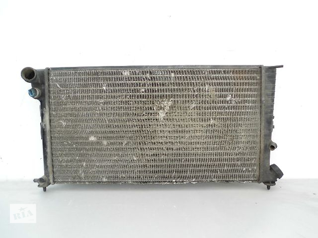 бу Б/у радиатор для легкового авто Citroen Xsara 1.4-1.6 (570*380) по сотым. в Буче (Киевской обл.)