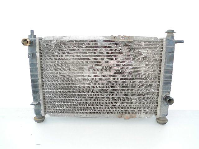 Б/у радиатор для легкового авто Daewoo Matiz (45-32).- объявление о продаже  в Буче