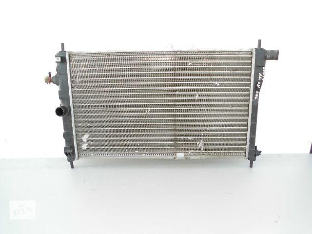Б/у радиатор для легкового авто Daewoo Nexia 1.6B 8V (63-40).- объявление о продаже  в Буче (Киевской обл.)