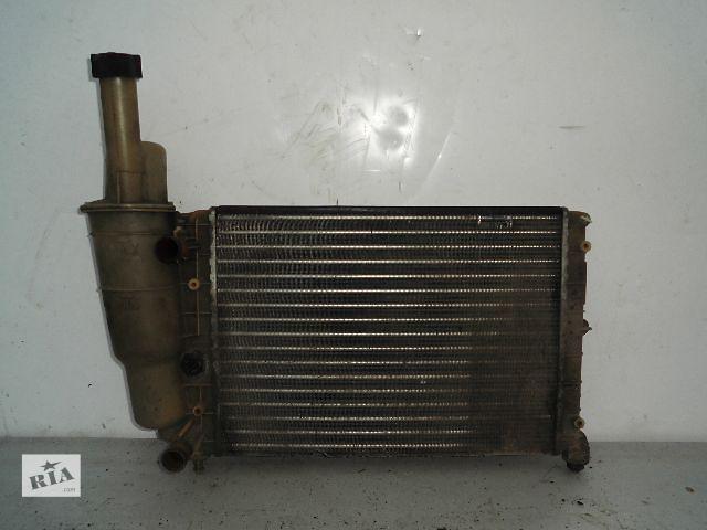 Б/у радиатор для легкового авто Fiat Punto 1.1 (330*325) по сотым.- объявление о продаже  в Буче