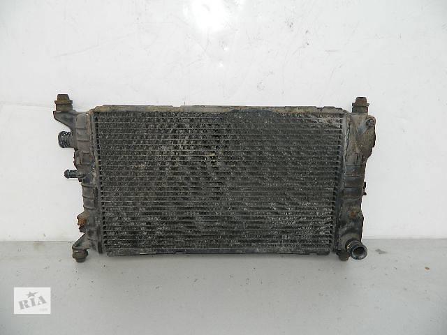 купить бу Б/у радиатор для легкового авто Ford Escort 1.6 (500-320) по сотым. в Буче