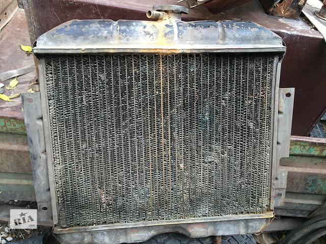 Б/у радиатор для легкового авто ГАЗ 2410- объявление о продаже  в Умани