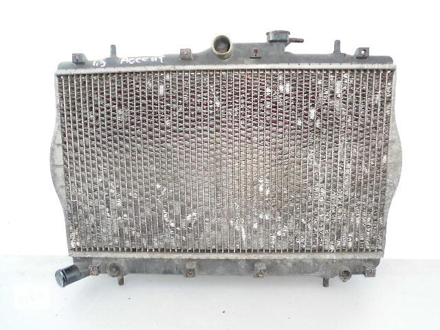 бу Б/у радиатор для легкового авто Hyundai Accent 1.3 1998 (33-61). в Буче