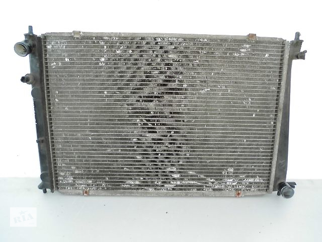 купить бу Б/у радиатор для легкового авто Hyundai H 1 2.6D 1998 (65-47). в Буче (Киевской обл.)
