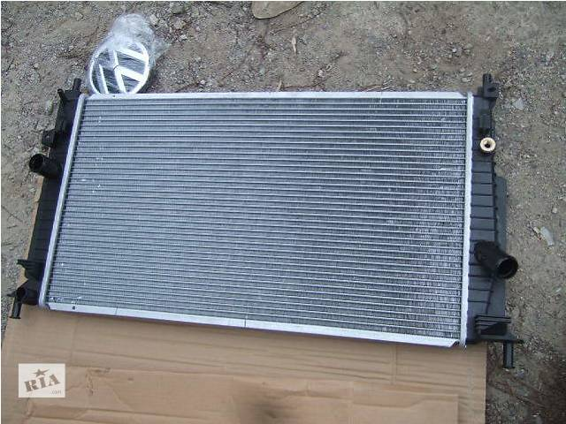 купить бу Б/у радиатор для легкового авто Mazda 3 в Ровно
