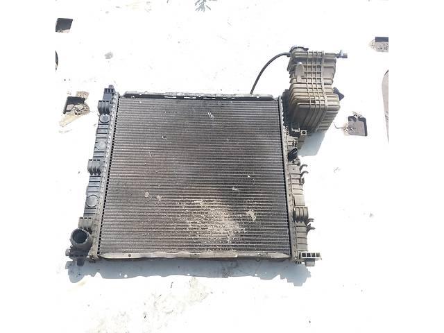продам Б/у радиатор для легкового авто Mercedes Vito 638 2,3 Дизель бу в Ковеле