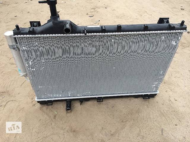 купить бу Б/у радиатор для легкового авто Mitsubishi Outlander в Киеве