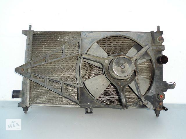 купить бу Б/у радиатор для легкового авто Opel Kadett 1.6 с вентилятором (дефузором) (53-33). в Буче (Киевской обл.)