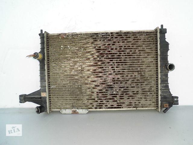 Б/у радиатор для легкового авто Opel Vectra A 1.8 (40-53).- объявление о продаже  в Буче