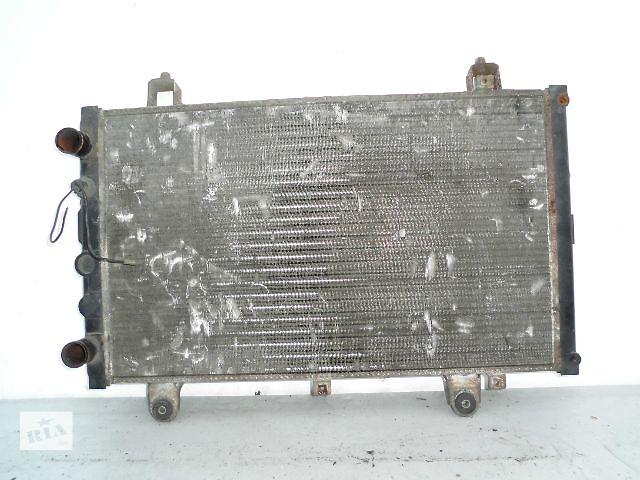 купить бу Б/у радиатор для легкового авто Peugeot Boxer 2.3-2.8 (660-415) по сотым. в Буче (Киевской обл.)