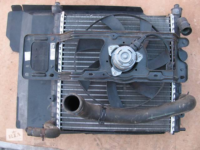 продам Б/у радиатор для легкового авто Renault Clio бу в Львове