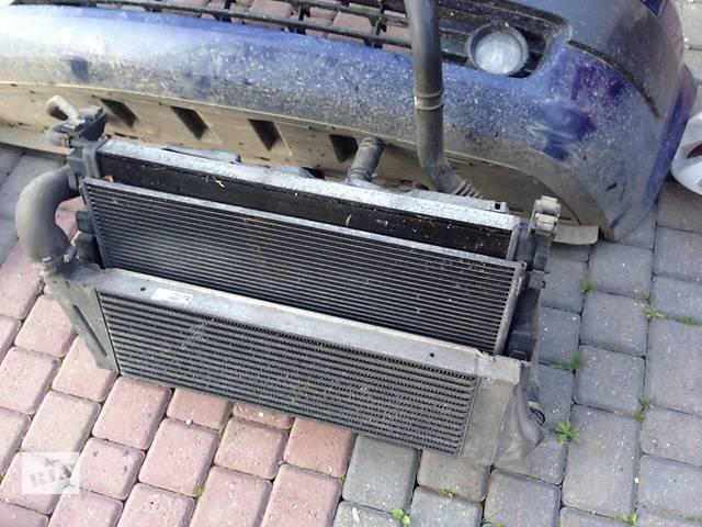 продам Б/у радиатор для легкового авто Renault Megane II бу в Стрые