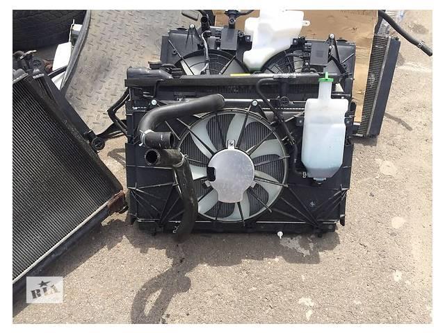 продам Б/у радиатор для легкового авто Suzuki Grand Vitara бу в Ровно