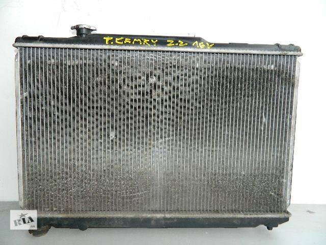 бу Б/у радиатор для легкового авто Toyota Camry 2.2 16V (740-430) по сотым. в Буче