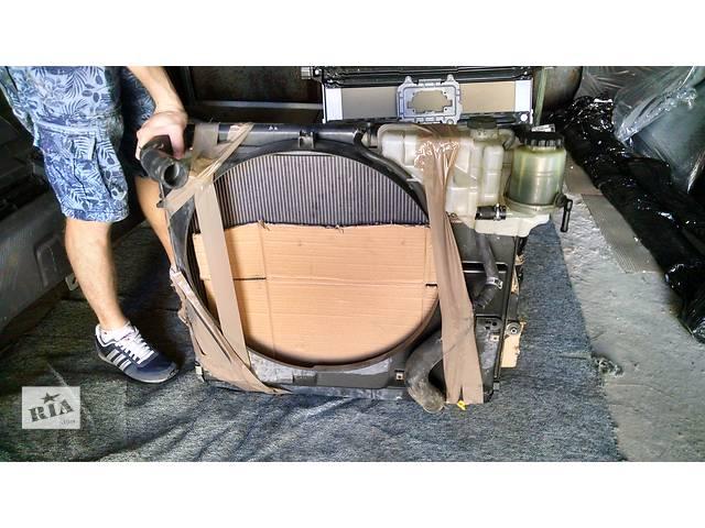 продам Б/у радиаторы и диффузор для легкового авто Toyota Land Cruiser 200 бу в Киеве