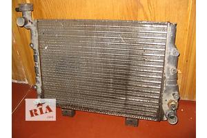 Б/у радиатор для легкового авто ВАЗ 2106