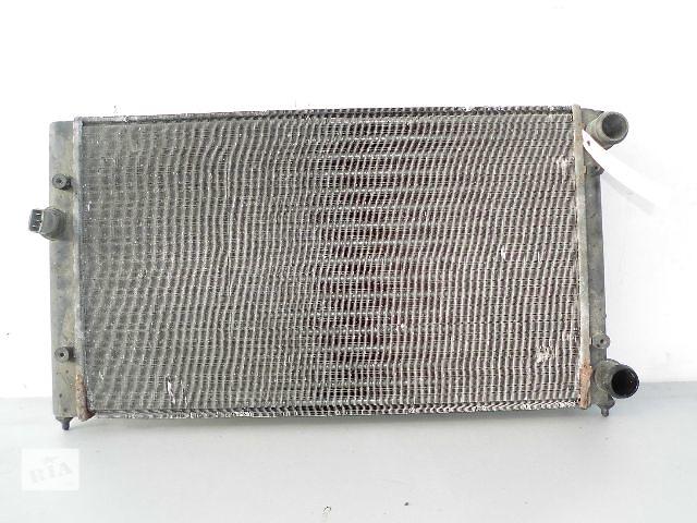бу Б/у радиатор для легкового авто Volkswagen Golf IIІ 1.8 9520-320) по сотым. в Буче