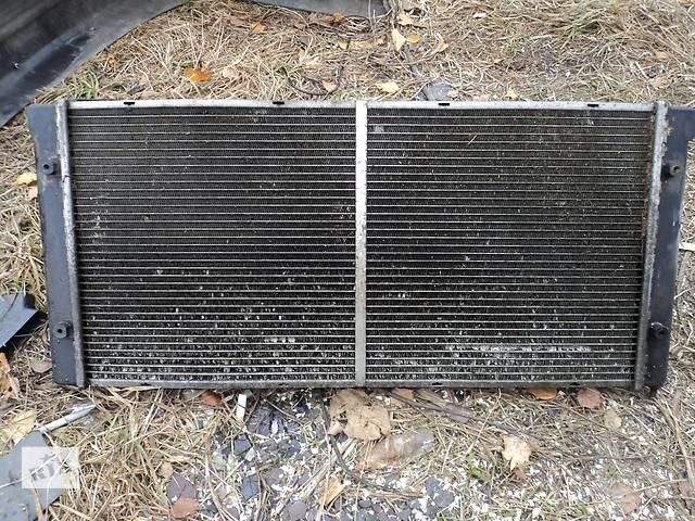 бу Б/у радиатор для легкового авто Volkswagen Passat B3 в Шацке