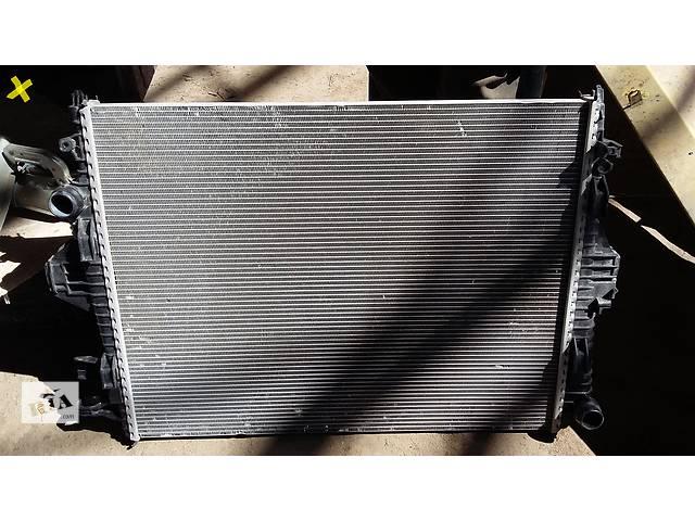 продам Б/у радиатор для легкового авто Volkswagen Touareg бу в Киеве