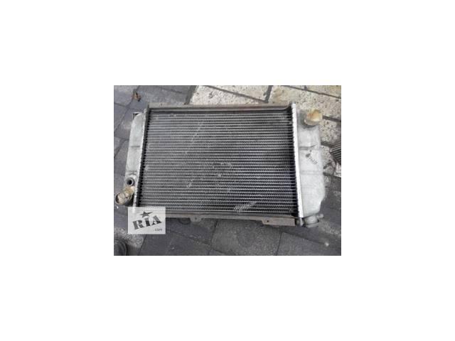 бу Б/у радиатор для седана ГАЗ 3102 в Дружковке