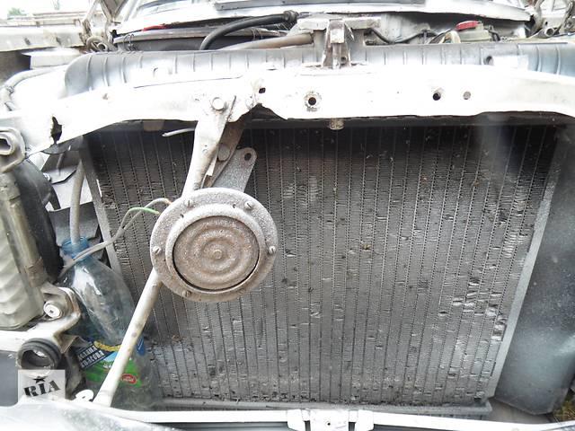 бу Б/у радиатор для седана Mercedes 123 в Дубно