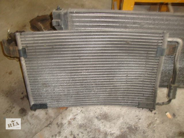 бу Б/у радиатор для седана Peugeot 605 1993 в Киеве
