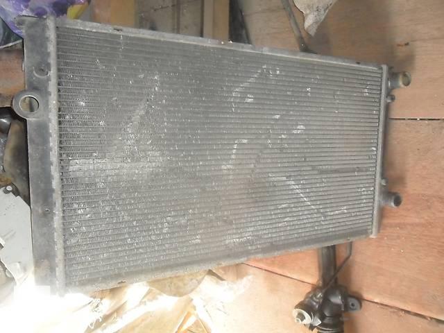 Б/у радиатор для седана Volkswagen Passat B3- объявление о продаже  в Дубно (Ровенской обл.)