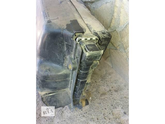 продам Б/у радиатор для седана Volkswagen Passat B3 бу в Львове