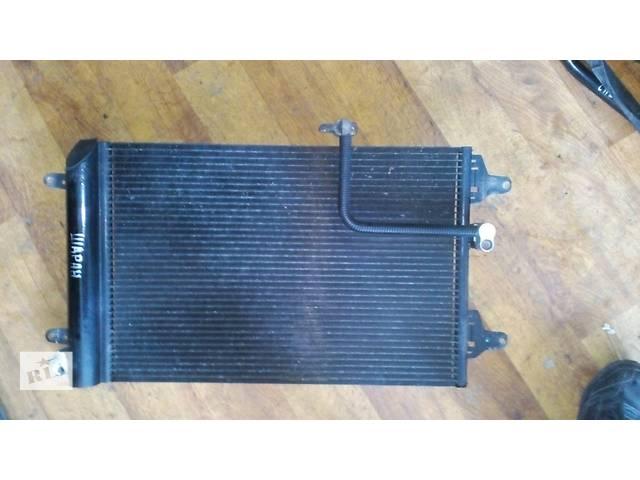 купить бу Б/у радиатор кондиционера 7m3820411a Volkswagen Sharan №2324000 в Львове
