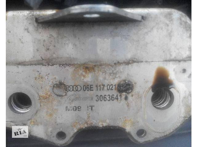 продам Б/у радиатор масла для легкового авто Audi A6 бу в Львове