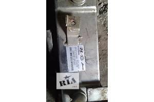 б/у Радиаторы масла Kia Sorento