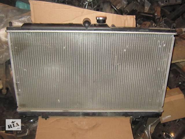 продам Б/у радиатор Mitsubishi Lancer бу в Киеве
