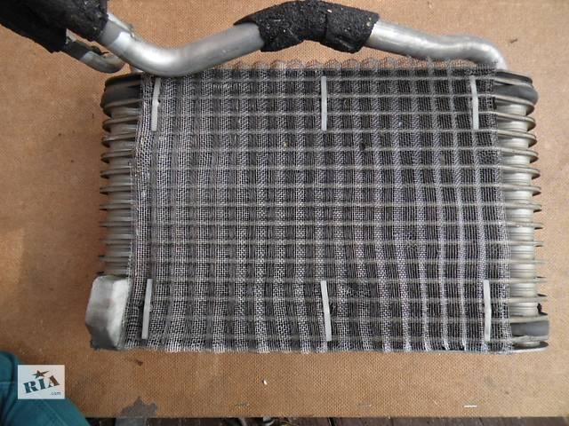 продам Б/у радиатор печки для легкового авто Audi A4 бу в Дубно