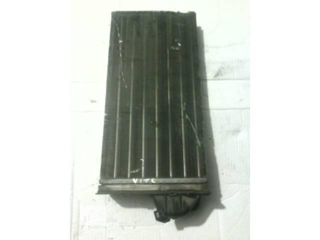 продам Б/у радиатор печки для легкового авто Mercedes Vito бу в Ковеле