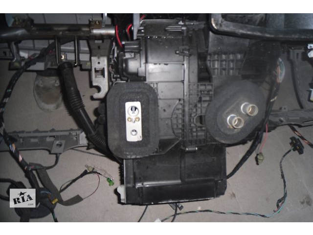 продам Б/у радиатор печки для легкового авто Renault Modus 1.2 бу в Ровно