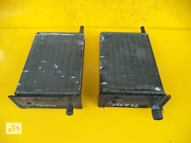 купить бу Б/у радиатор печки для легкового авто Renault Trafic (81-01) в Луцке
