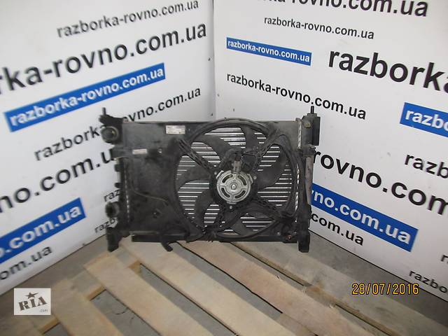 купить бу Б/у радиатор воды, кондиционера, дифузор  для легкового авто Opel Corsa 55701002 560951104 в Ровно
