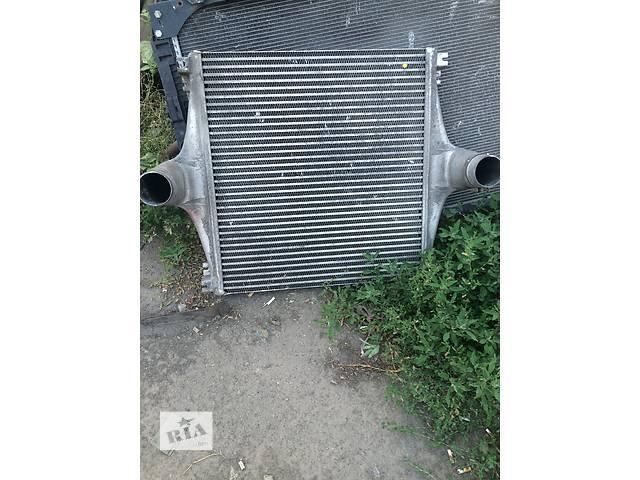 продам Б/у радиатор интеркуллера для грузовика Daf XF бу в Ровно