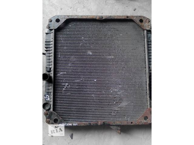 купить бу Б/у радиатор интеркуллера для грузовика Mercedes 814 в Ивано-Франковске