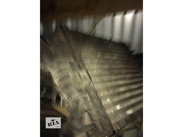 Б/у радиатор интеркуллера для грузовика Mercedes Vito- объявление о продаже  в Яворове (Львовской обл.)
