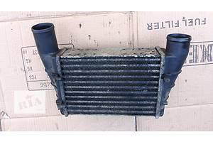 б/у Радиатор интеркуллера Audi A4