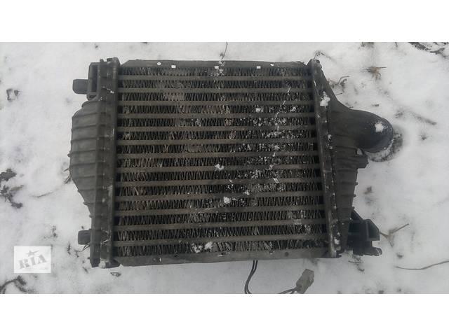 купить бу Б/у радиатор интеркуллера для легкового авто Mercedes Vito 638  2.2cdi в Рожнятове