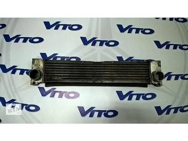 купить бу Б/у радиатор интеркуллера для легкового авто Mercedes Vito в Ровно
