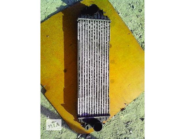 купить бу Б/у радиатор интеркуллера для легкового авто Renault Trafic 1.9dci в Ковеле