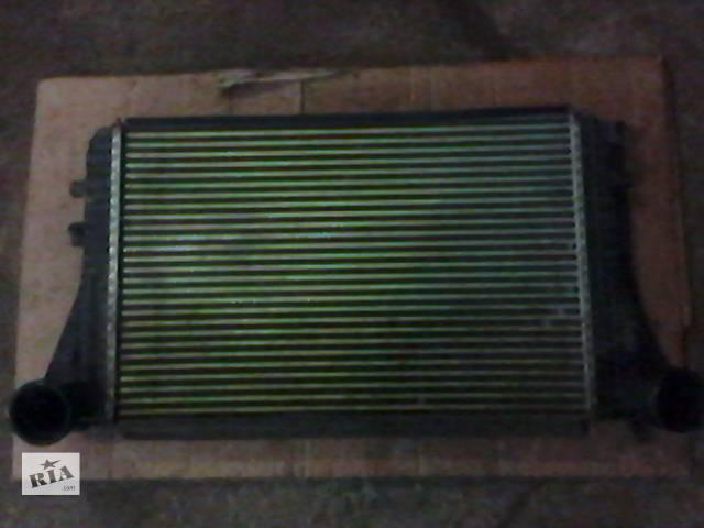 продам Б/у радиатор интеркуллера для легкового авто Skoda SuperB New бу в Днепре (Днепропетровск)