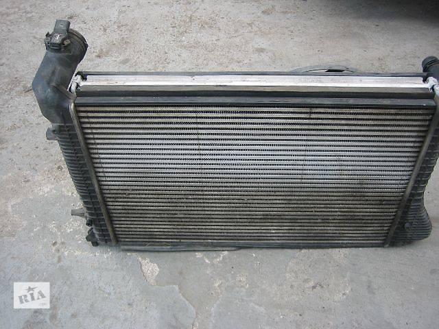 купить бу Б/у радиатор интеркуллера для легкового авто Volkswagen Caddy в Одессе