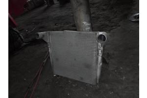 б/у Радиаторы интеркуллера Renault Magnum