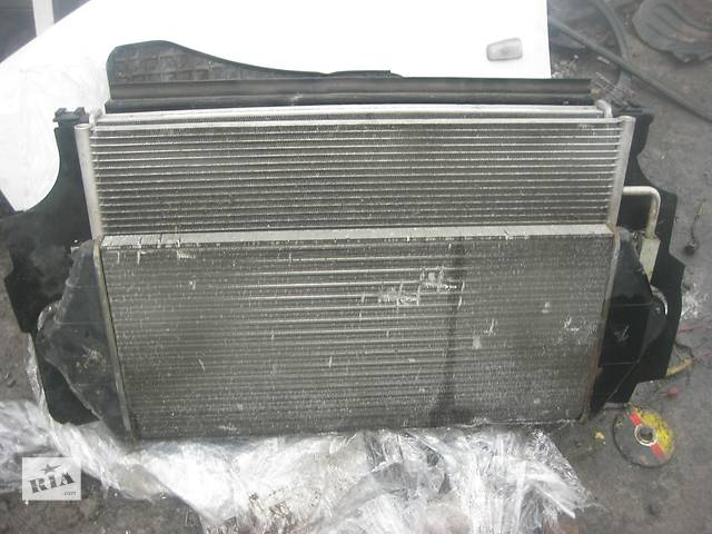 продам Б/у радиатор интеркуллера Peugeot Expert 2.0 2004-2006 бу в Ровно